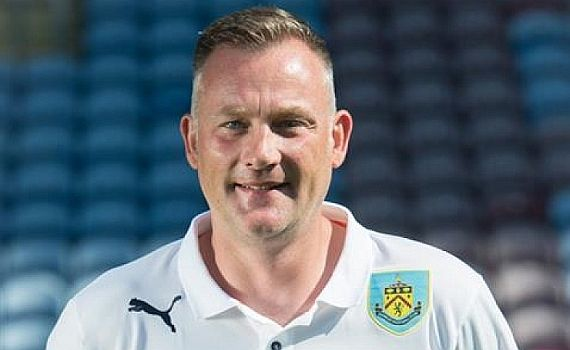 Burnley FC Academy Coach Lee Waddington visits the Jacks