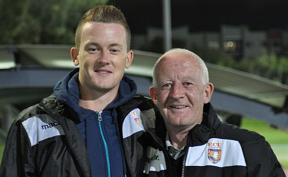 O'Neill re-signs with Sky Blues