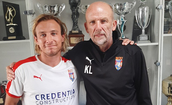 Jacks swoop for Czech defender